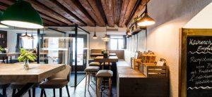 humboldtstubn_restaurant_bar_eingang_bar